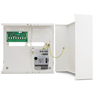 INT-O uitgangen uitbreidingsmodule in metalenkast + APS412 voeding