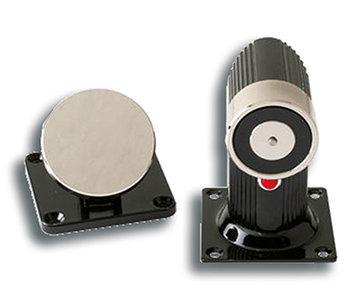 KM-606 Kleefmagneet met flexibele ankerplaat voor wand- of vloermontage